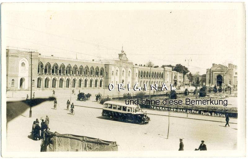 Fotokarte: TEHERAN Iran:                 Omnibusse, Leute; 1909 gelaufen - 15,00 Eur