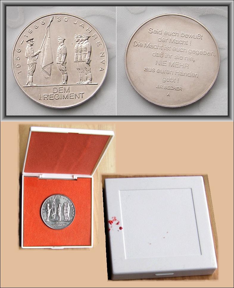Medaille: 30 Jahre NVA / DEM I. REGIMENT (im Etui) - 14,00 EUR